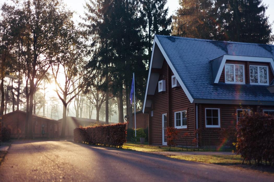 บ้านสำเร็จรูป vs บ้านสร้างเอง